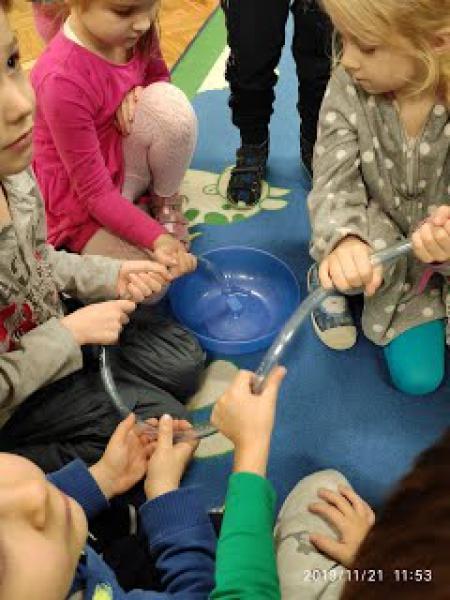 W jaki sposób woda z wodociągu trafia do naszego domu?