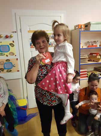 Uroczystość Dnia Babci i Dziadka w przedszkolu