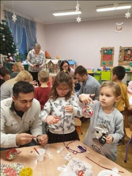 Ozdoby świąteczne z rodzicami